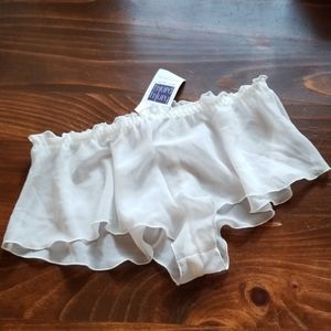 NWT Ivory panties flowy shorts